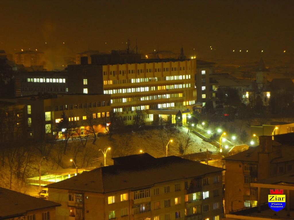 Spitalul-Judetean-Neamt-noaptea-1024x768.jpg