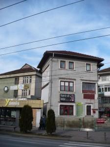 Casa Munteanu cu fast-food