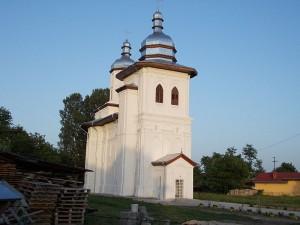 biserica fostei manastiri Doljesti