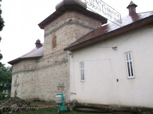 biserica 4