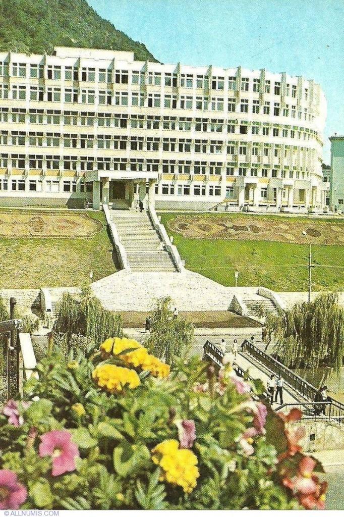 piatra-neamt-spitalul-municipal-682x1024.jpg