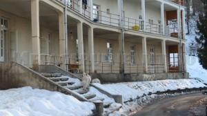 Patrupedele Sf Chiriac pazesc acum sanatoriul