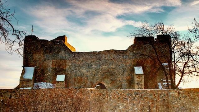 cetatea-neamtului-1.jpg