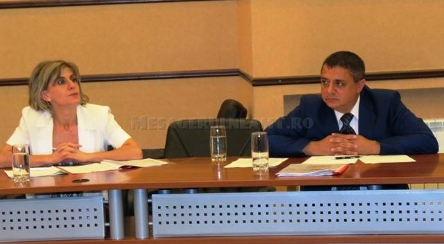 Daniel Chirilă (AJOFM) și Mihaela Alungulesei (AJPS) sau cum se face politica muncii la partid