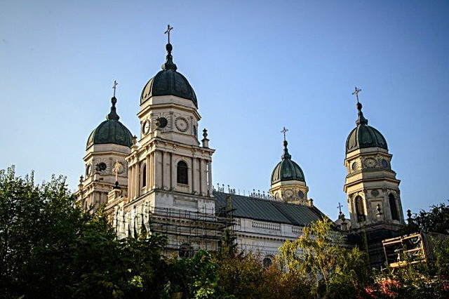 mitropolia-moldovei-bucovinei.jpg