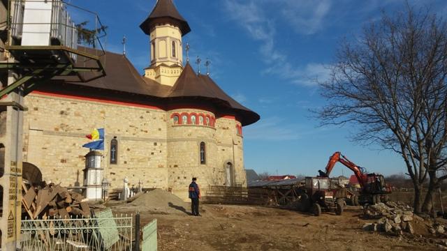 biserica-Grumazesti-3.jpg