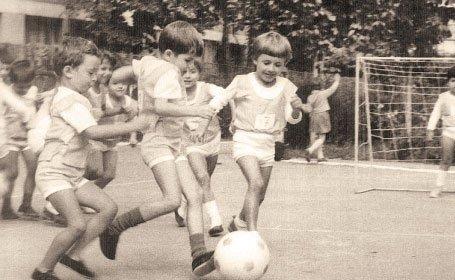 02 fotbal-in-curtea-scolii