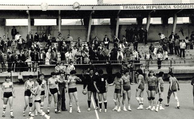 03 handbal fete 1980