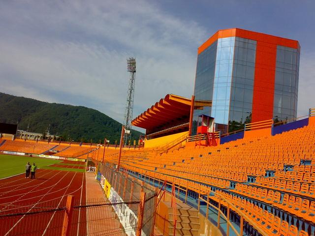 ceahlaul-stadion-05.jpg