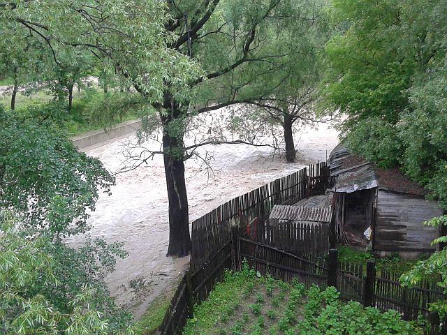 inundatii-bicaz-1.jpg