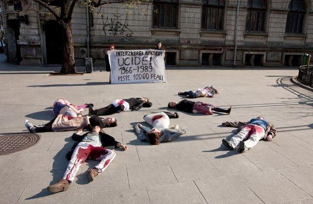interzicerea-avortului-ucide-2