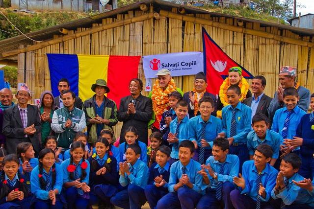 ticu-lacatusu-scoala-nepal-02