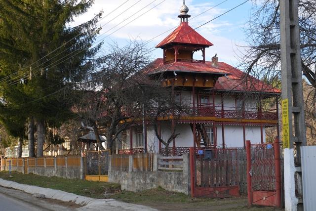 casa-mironescu-tazlau-1.jpg