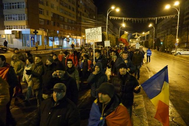 piatra-neamt-proteste-justitie-03.02.17-26.jpg