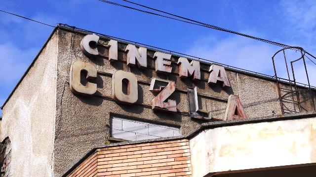 cozla-cinema-exterior-11.jpg