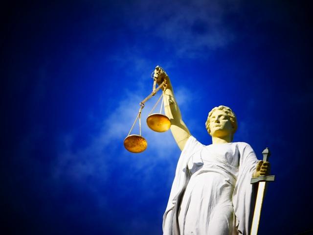 justitie-4.jpg