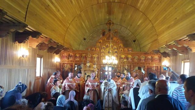 manastirea-neamt-02-sf-treime.jpg