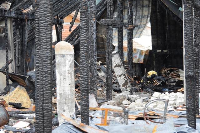 incendiu bloc nemtesc (1)