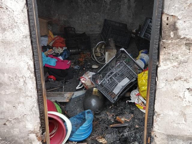 incendiu bloc nemtesc (9)