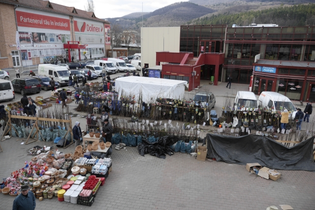 piata-centrala-aprilie-2018.jpg