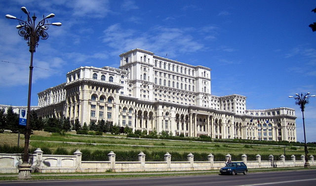 parlament-palat_resize.jpg