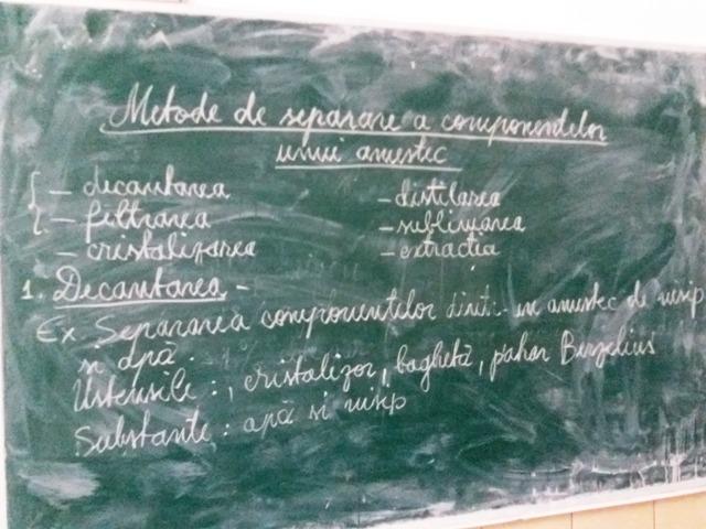 Laborator-liceu-Vanatori-1.jpg