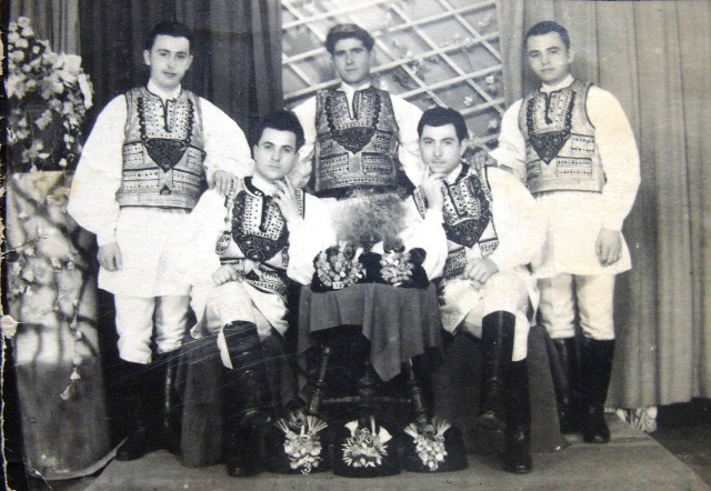 mandra-1956.jpg