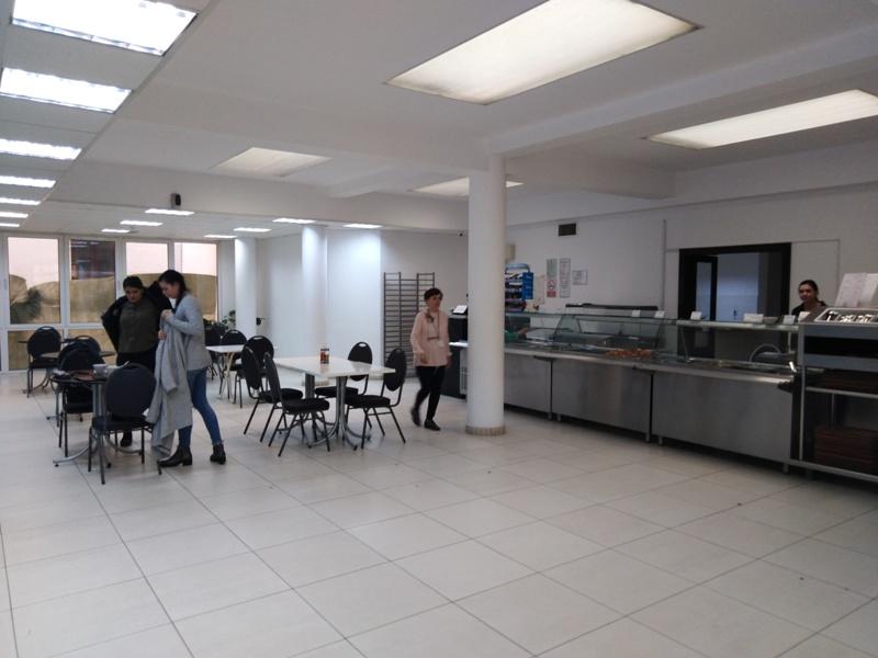 Restaurant pentru angajati primarie la subsolul institutiei