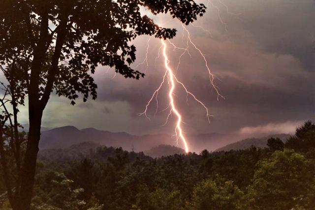 furtuna-fulgere-02.jpg
