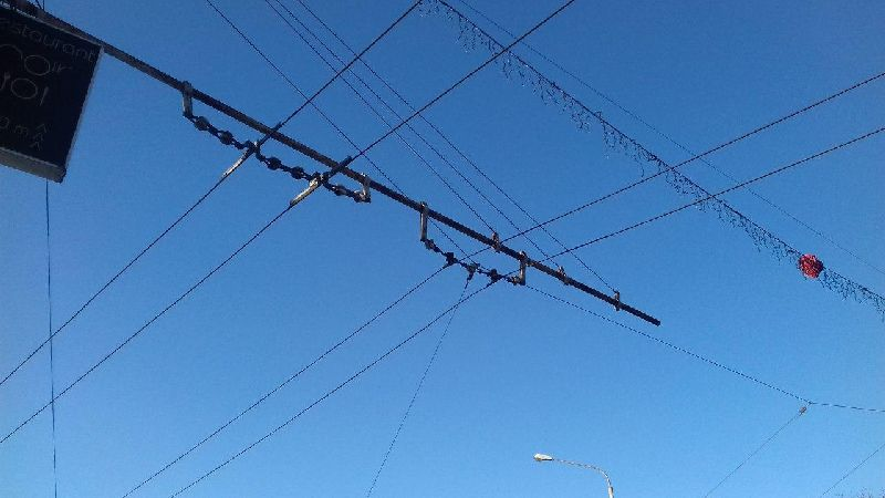 cabluri-troleu.jpg