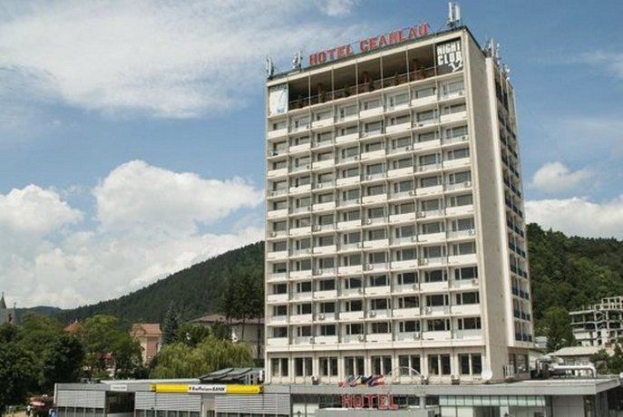 Grand-Hotel-Ceahlau-Piatra-Neamt-1.jpeg
