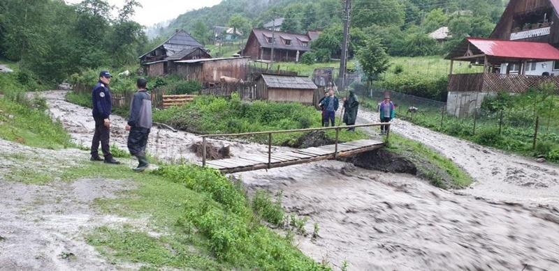 inundatii-pipirig.jpg