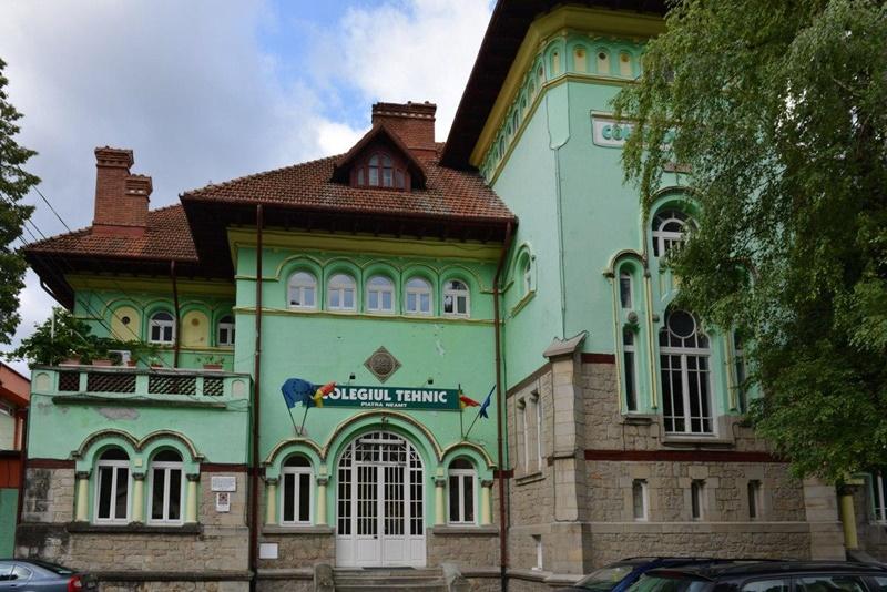 Colegiul-Tehnic-Forestier-Piatra-Neamt.jpg