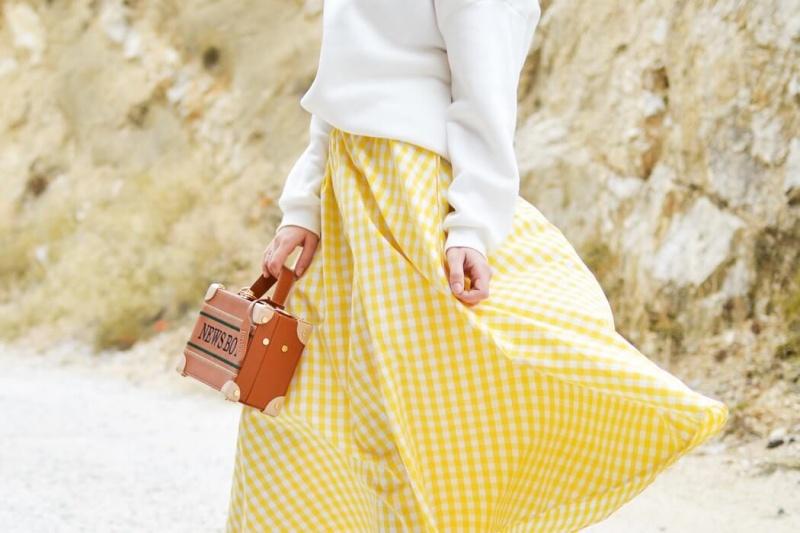 Sfaturi-de-moda-pentru-femeile-din-Neamt-Cele-5-articole-cu-care-poti-fi-cool-instant.jpg