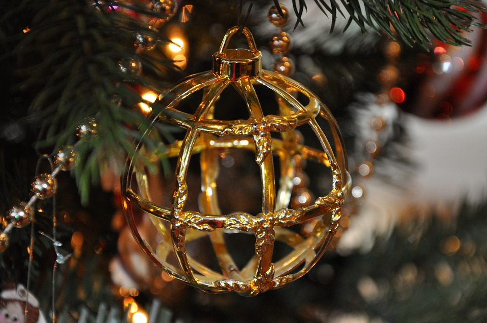 ornament-2468572_960_720.jpg