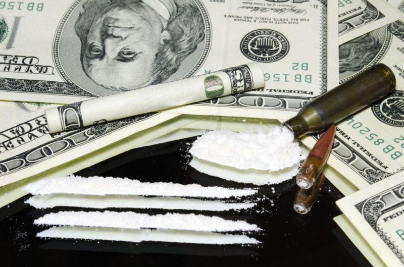 droguri-si-bani.jpg